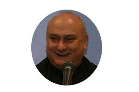 José Antonio Abellán  Párroco de San Mateo, Vicario Episcopal y Delegado de Pastoral familiar y defensa de la vida.